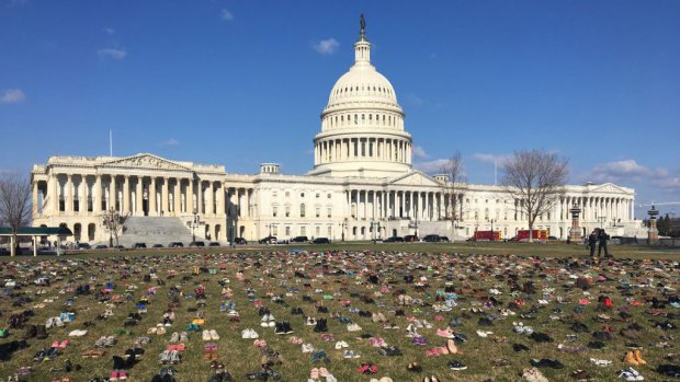 [DC] Thousands of Shoes on Capitol Lawn as Gun Violence Memorial