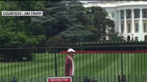 [DC] Man Climbs Over White House Security Barrier