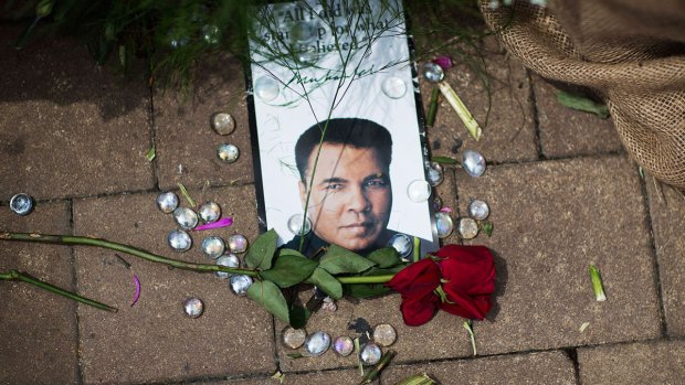 [NATL] Fans Pay Tribute to Boxing Legend Muhammad Ali