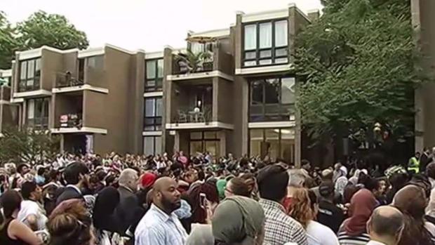 'Nabra Was Caring': Hundreds Mourn Slain Teen at Vigil
