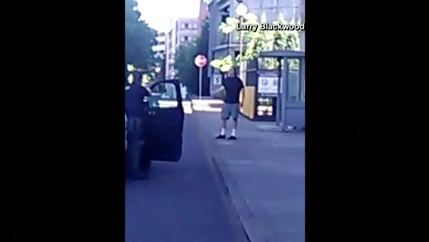 [NATL] Video Shows Portland Stabbing Suspect Moments After the Incident