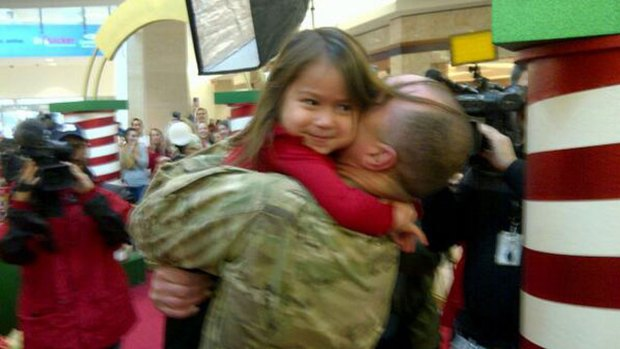 [DFW] Soldier Surprises Daughter, Meets Son For the First Time