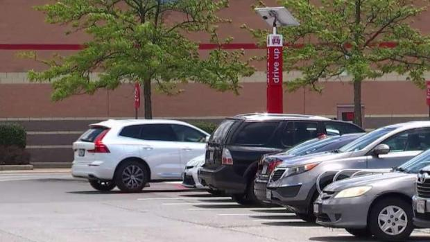 Stores Push Curbside Service to Make Life Easier
