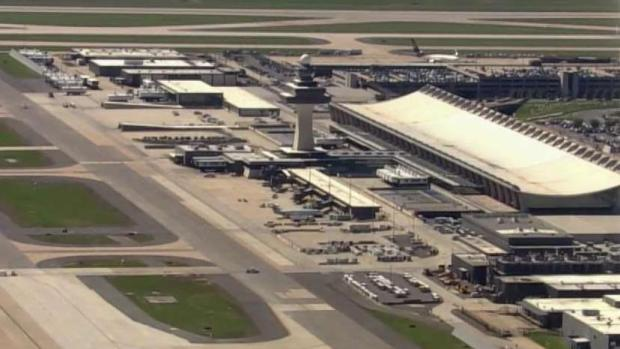 [DC-NATL] Unruly Passenger Prompts Emergency Landing at Dulles