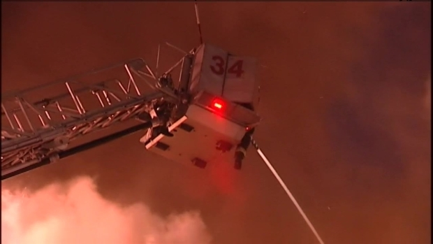 [CHI] Crews Battle Fire at Dollar & Up, Cricket Wireless Stores