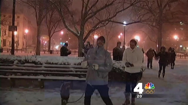 [DC] Dupont Circle Snowball Fight Draws Hundreds