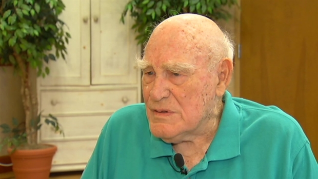 [DC] Herb Wood Recalls Serving as a Medic on D-Day