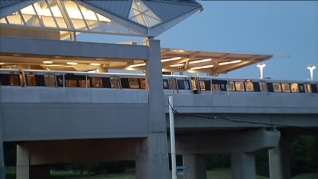 [DC] Silver Line Put To The Test During First Morning Commute