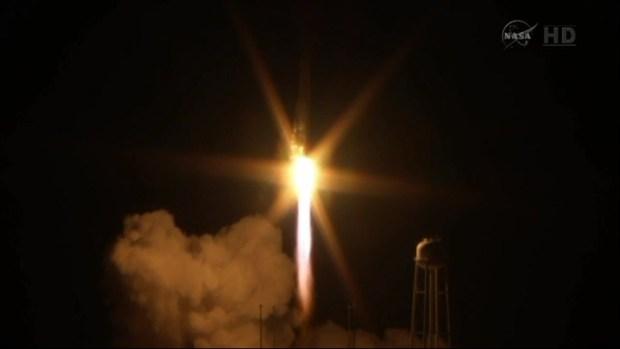 [DC] Rocket Antares Explodes on Launch at Wallops Island