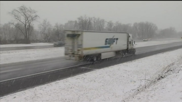 Snow Leads to Accidents on Thanksgiving Eve Commutes in Va.