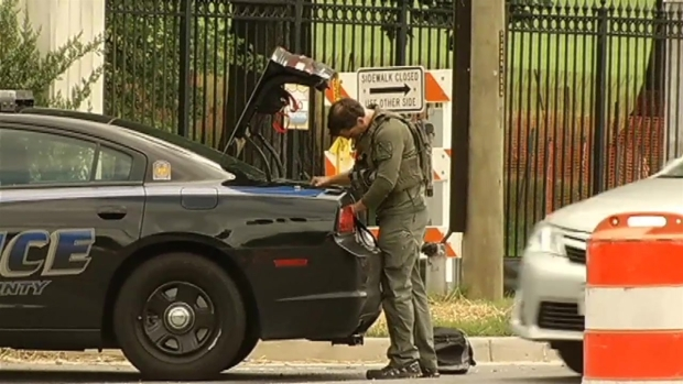 Massive Security Response to Scares at Walter Reed, Navy Yard