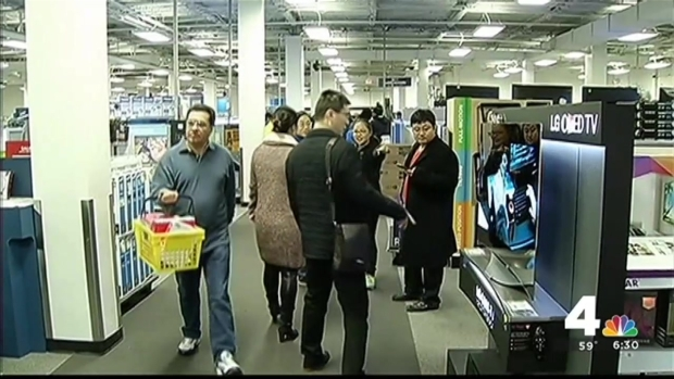 [DC] Shoppers Cash in on Black Friday Deals