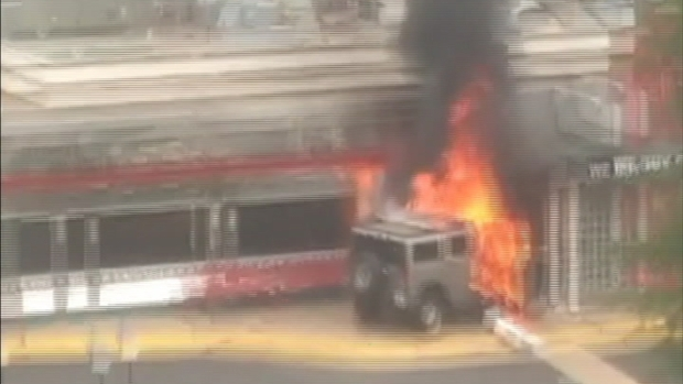 RAW VIDEO: Hummer on Fire at Silver Diner