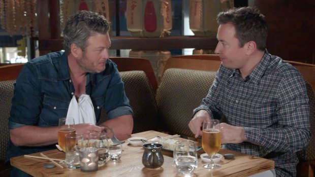 'Tonight': Fallon Treats Shelton to Sushi