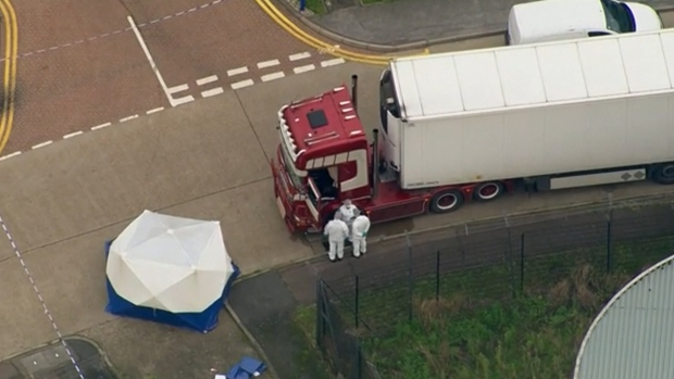 [NATL] 39 People Found Dead in Truck in England