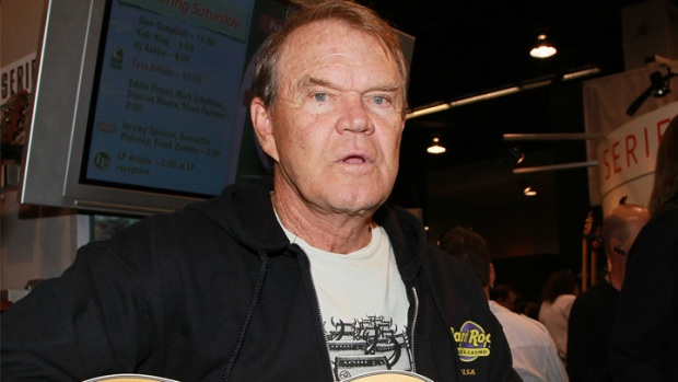 In Memoriam: Glen Campbell Dies at 81