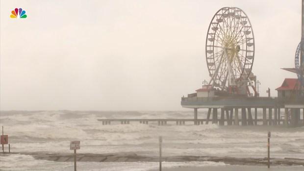 [NATL] Hurricane Harvey Makes Landfall