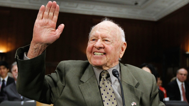 [NATL] Actor Mickey Rooney Dead at 93