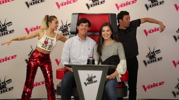 [NATL] 'Tonight': Miley Cyrus, Jimmy Fallon Photobomb 'The Voice' Fans