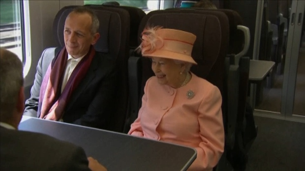 [NATL] Queen Elizabeth Takes Train 175 Years After Queen Victoria Did it For the First Time