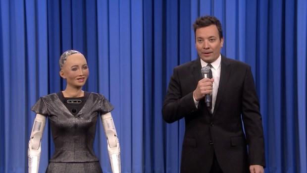 [NATL] 'Tonight': Sophia the Robot, Fallon Sing Duet of 'Say Something'