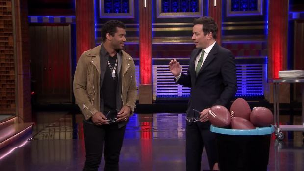 [NATL] 'Tonight': Random Object Target Practice With Russell Wilson