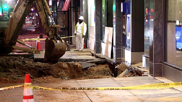 [DC] D.C. Water Main Break Leaves Debris, Mud on Road