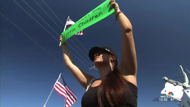[LA] Immigrants Rights Supporters, Protesters at Odds in Murrieta