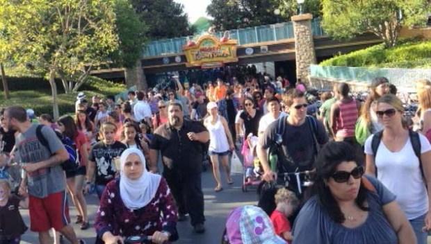 [LA] Dry Ice Explosion Forces Disneyland Evacuations