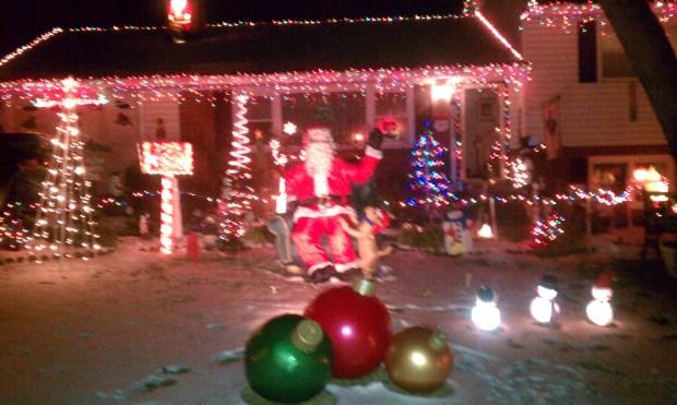 Doug's Holiday Lights 2010