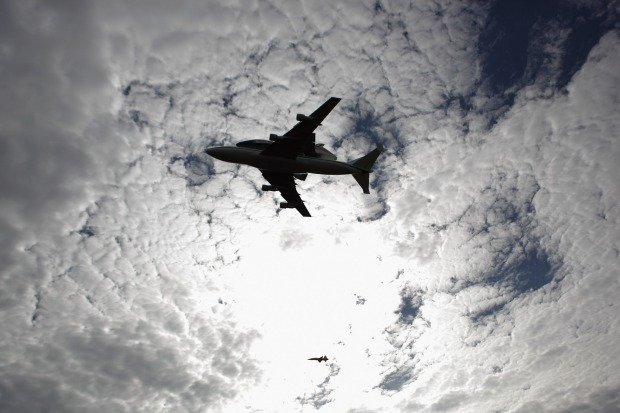 Photos: Discovery Soars Over DC