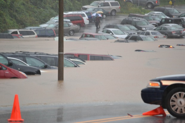 [DC] Virginia Rescuers Busy With Rising Waters