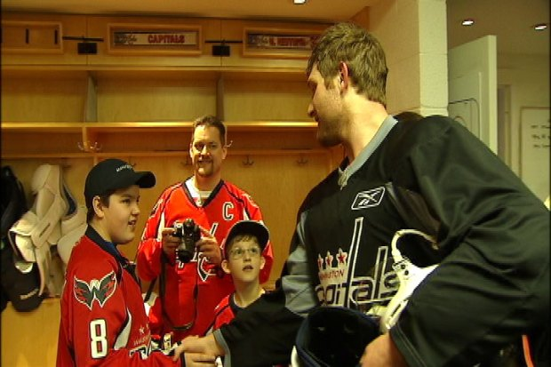 [DC] Karl Alzner Meets a Fellow Canadian