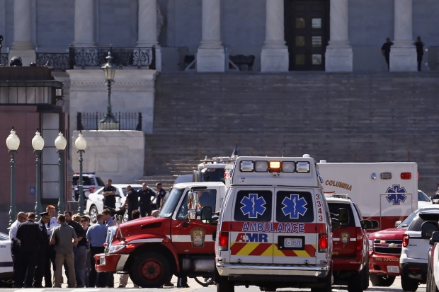 [DC] Officer Shoots Suspect With Pellet Gun at US Capitol: Police