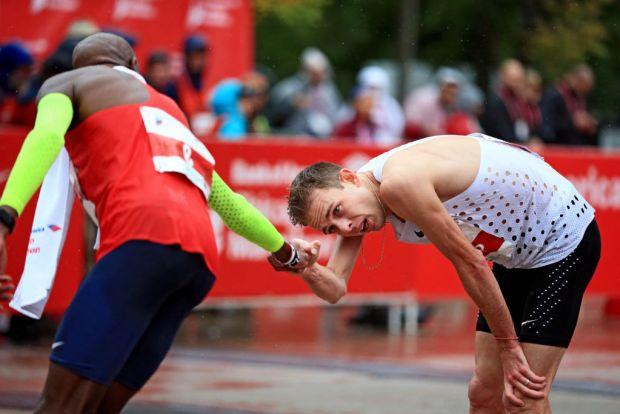 Heartwarming Show of Support Between Top Marathon Racers