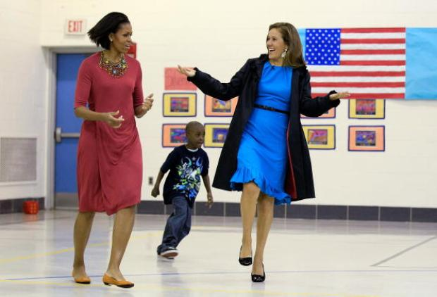 First Ladies Hop, Skip, Lunch With Students in Maryland