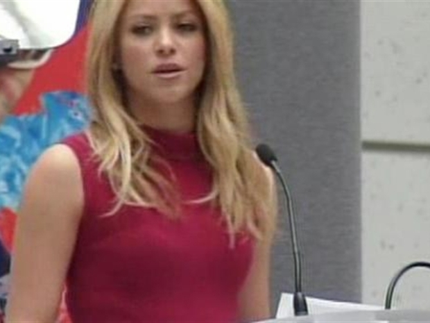 [DC] Shakira Addresses the World Bank