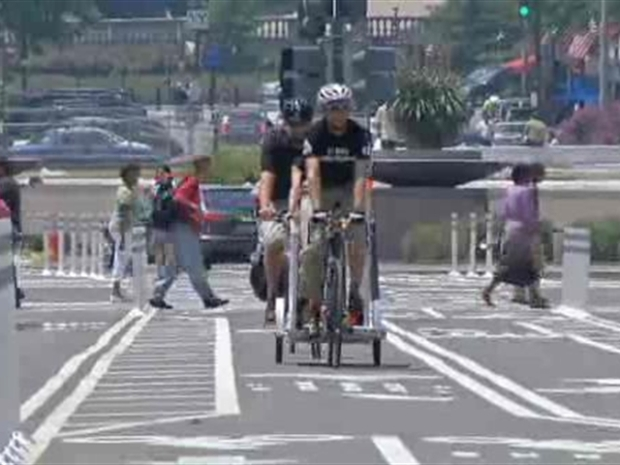 [DC] D.C. Opens Bike Lanes on Pennsylvania Ave.