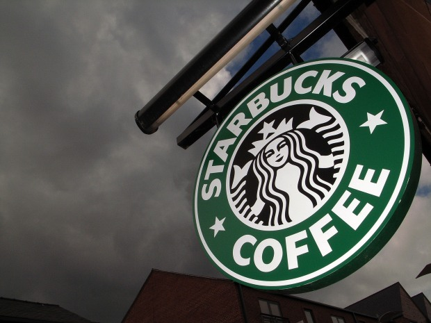 [CHI] Court Reverses Starbucks' Tip-Sharing Ruling