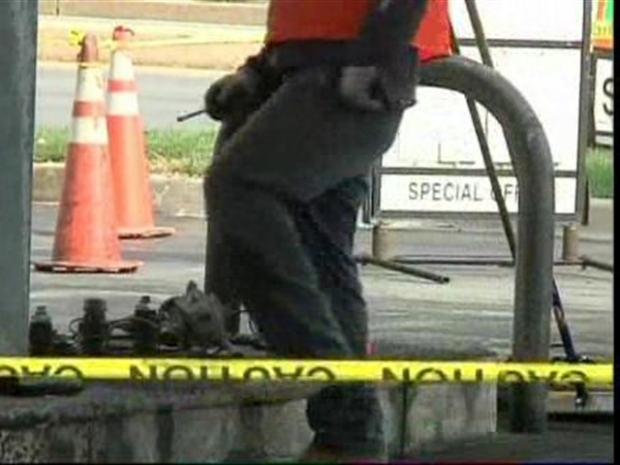 [DC] Man Catches Fire While Filling Gas Container