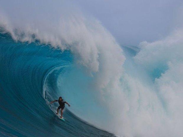 Epic Waves in Hawaii