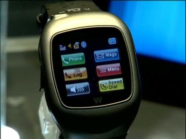 [DGO] Hello, Dick Tracy: A Wristwatch Cell Phone At Last
