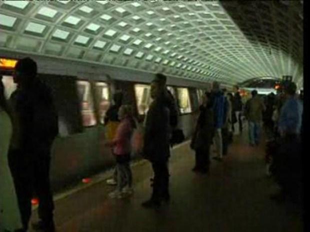 [DC] Metro Opens Doors! For Robbers