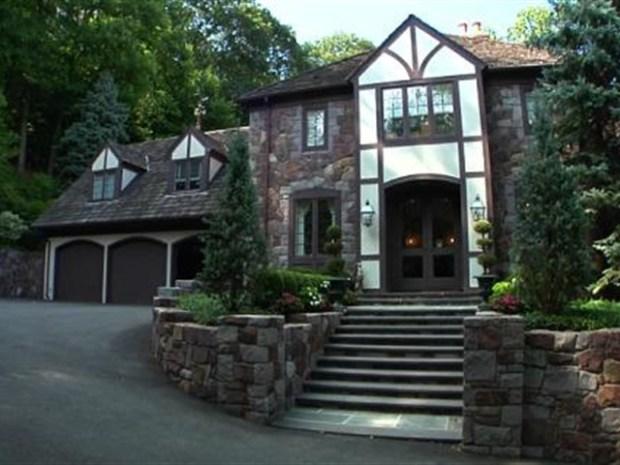 [OHV] Square Feet: $3.4M Montclair, NJ Mansion