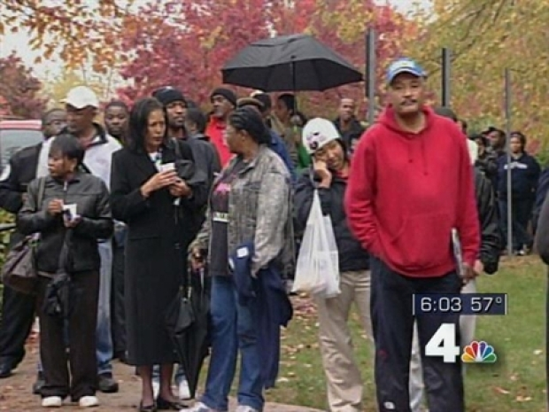 [DC] Long Lines Move Quickly in Largo