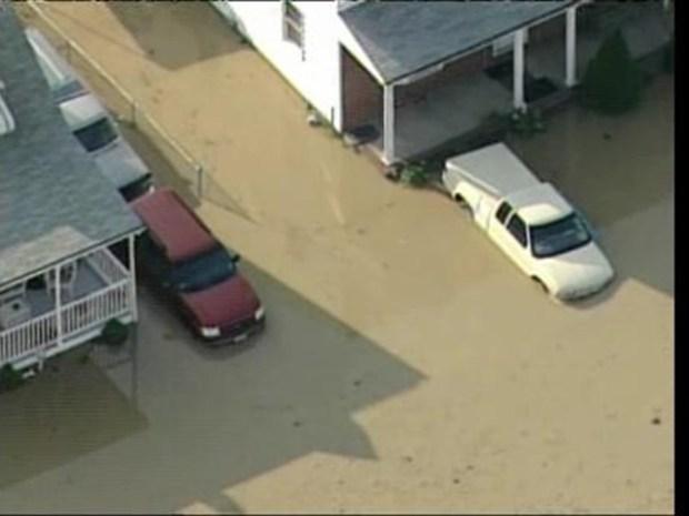 [DC] Broken Water Main Floods Dundalk