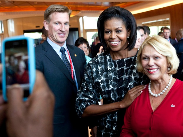 """[CHI] First Lady: Chicago """"A City That Works Really Well"""""""