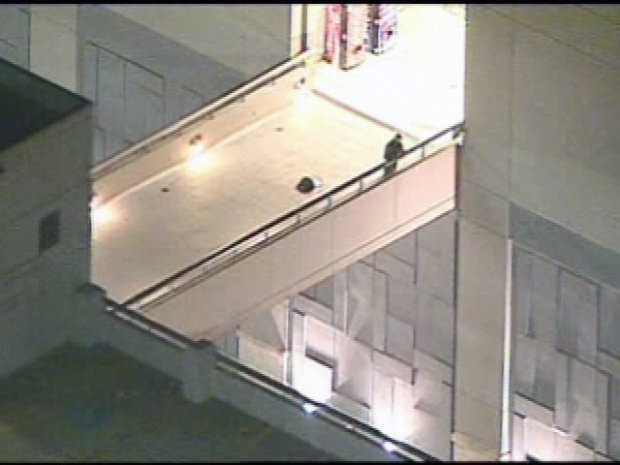[DC] Toddler Dies After Plunge From Mall Walkway
