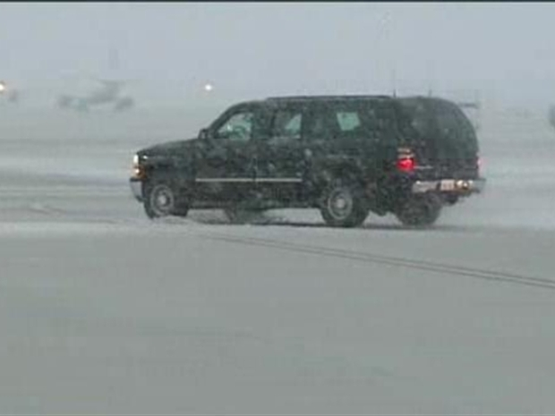 [DC] Snow Also Delays Obama's Commute