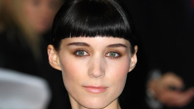 "[NATL] Rooney Mara on Her Golden Globe Nom for ""Dragon Tattoo"""